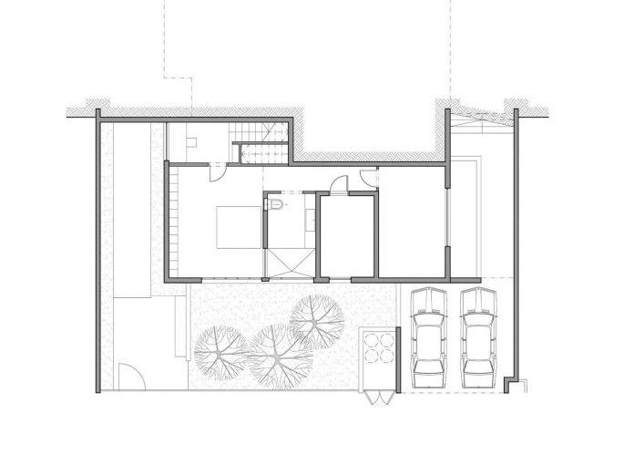 one-half-storey-high-interior-house-designed-family-3-children-14