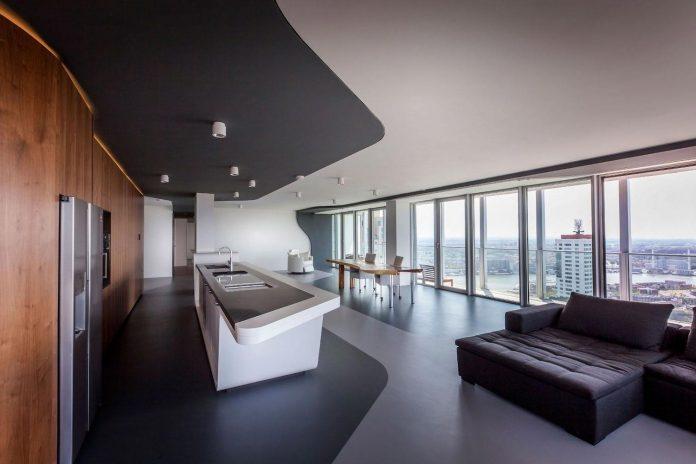 panoramic-view-rotterdam-cityscape-43rd-floor-huge-modern-apartment-03