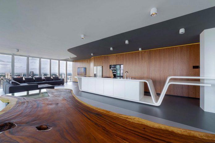 panoramic-view-rotterdam-cityscape-43rd-floor-huge-modern-apartment-08