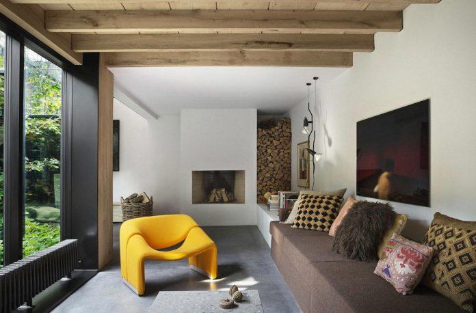 peters-copenhagen-house-inspiration-evolved-worn-warehouses-factories-blackened-steel-old-bricks-05