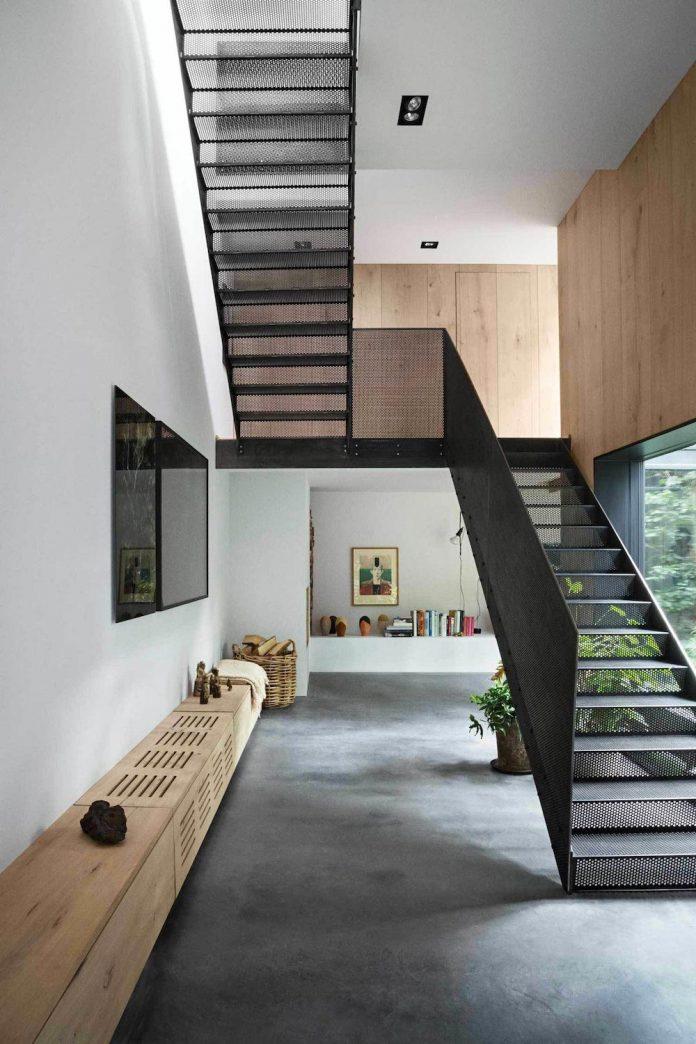 peters-copenhagen-house-inspiration-evolved-worn-warehouses-factories-blackened-steel-old-bricks-07
