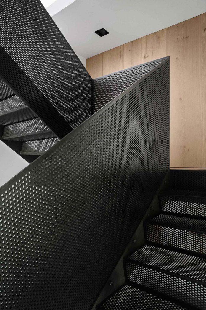 peters-copenhagen-house-inspiration-evolved-worn-warehouses-factories-blackened-steel-old-bricks-17