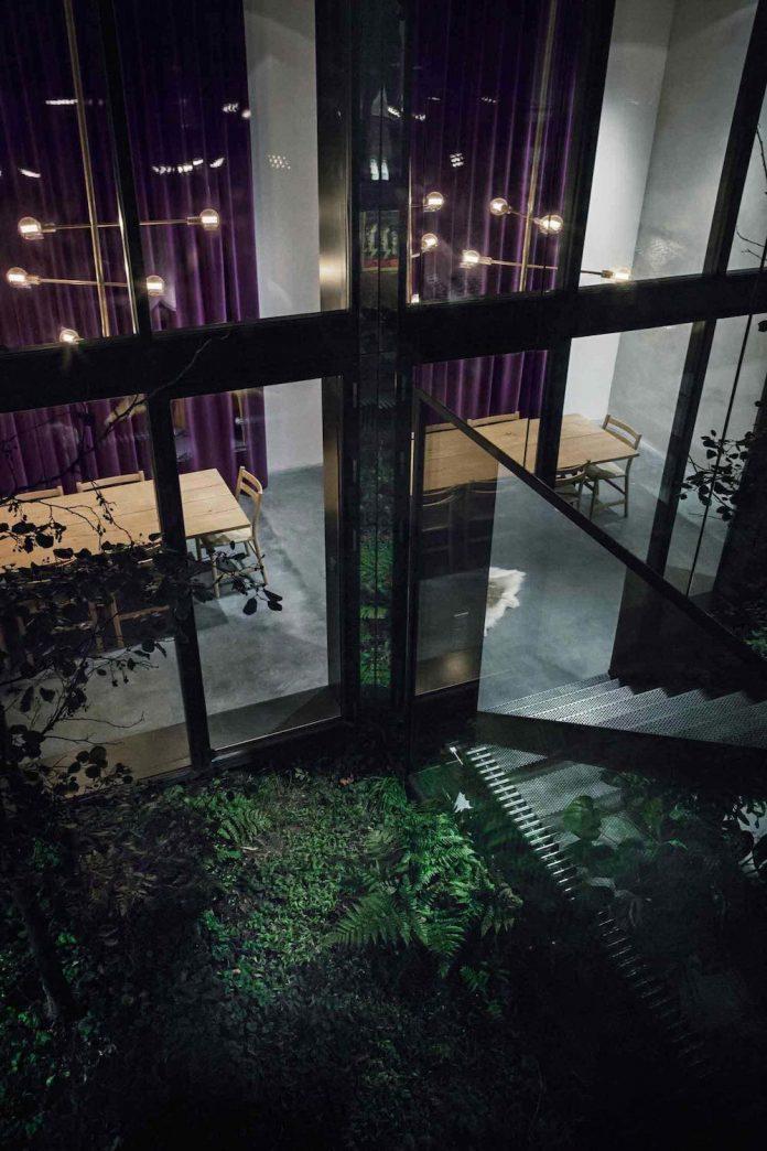 peters-copenhagen-house-inspiration-evolved-worn-warehouses-factories-blackened-steel-old-bricks-25