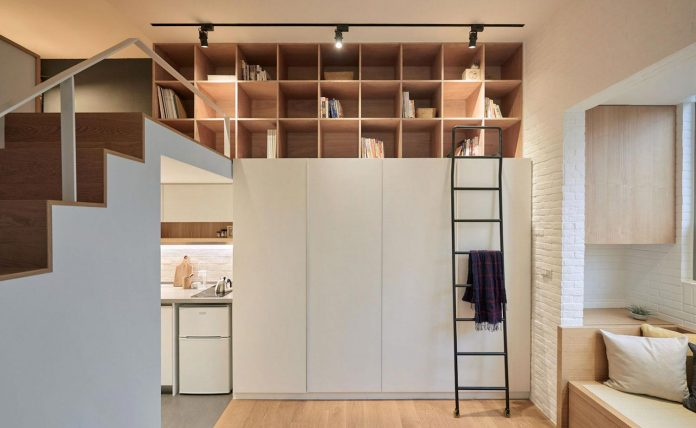 renovation-tiny-old-flat-measures-22-sqm-237-sqft-3-3m-11ft-height-02