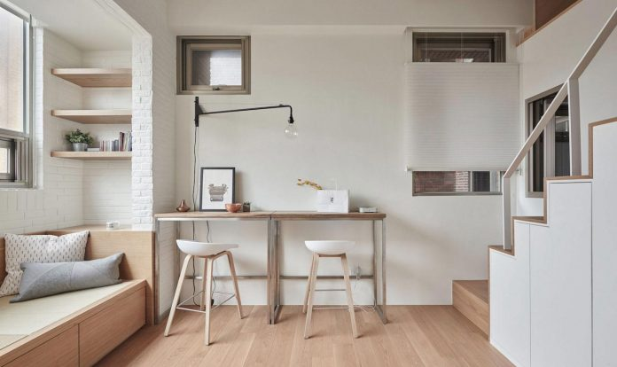renovation-tiny-old-flat-measures-22-sqm-237-sqft-3-3m-11ft-height-03