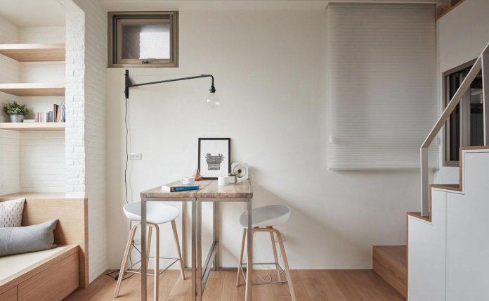 renovation-tiny-old-flat-measures-22-sqm-237-sqft-3-3m-11ft-height-05