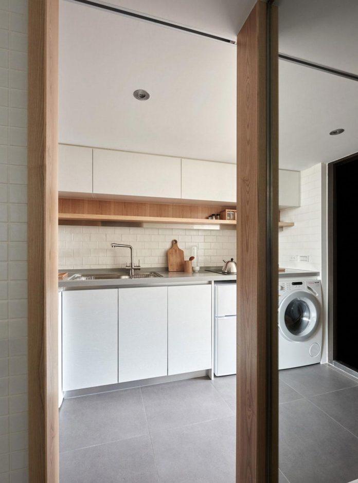 renovation-tiny-old-flat-measures-22-sqm-237-sqft-3-3m-11ft-height-06