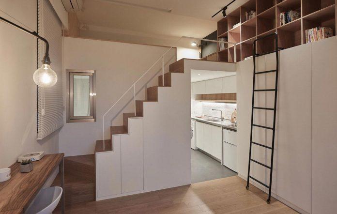 renovation-tiny-old-flat-measures-22-sqm-237-sqft-3-3m-11ft-height-10