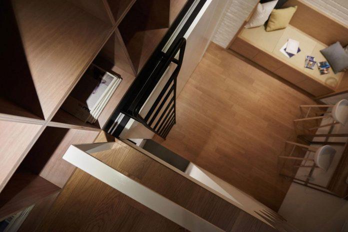 renovation-tiny-old-flat-measures-22-sqm-237-sqft-3-3m-11ft-height-12