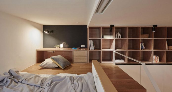 renovation-tiny-old-flat-measures-22-sqm-237-sqft-3-3m-11ft-height-16