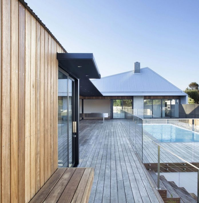 sorrento-house-1-latest-coastal-project-vibe-design-group-australian-beach-house-reborn-03