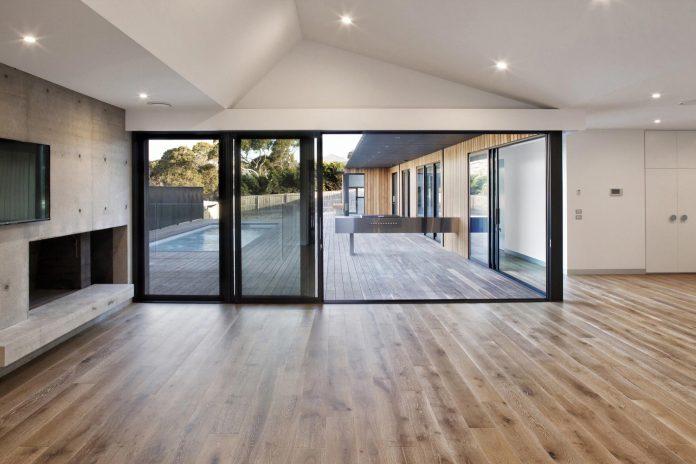 sorrento-house-1-latest-coastal-project-vibe-design-group-australian-beach-house-reborn-08
