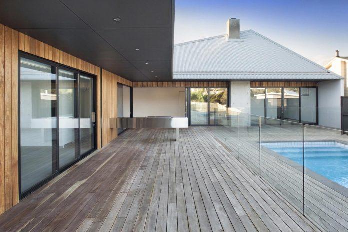 sorrento-house-1-latest-coastal-project-vibe-design-group-australian-beach-house-reborn-09