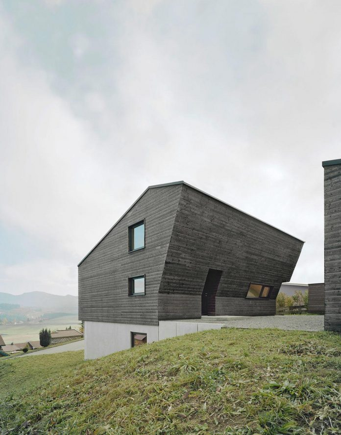 traditional-allgau-architecture-unique-contemporary-building-results-holiday-home-family-seven-03