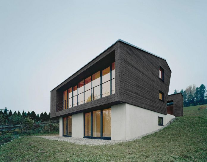 traditional-allgau-architecture-unique-contemporary-building-results-holiday-home-family-seven-05