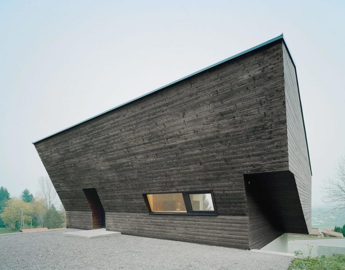 traditional-allgau-architecture-unique-contemporary-building-results-holiday-home-family-seven-06