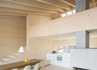 Traditional Allgäu architecture with unique, contemporary building results for a holiday home for a family of seven