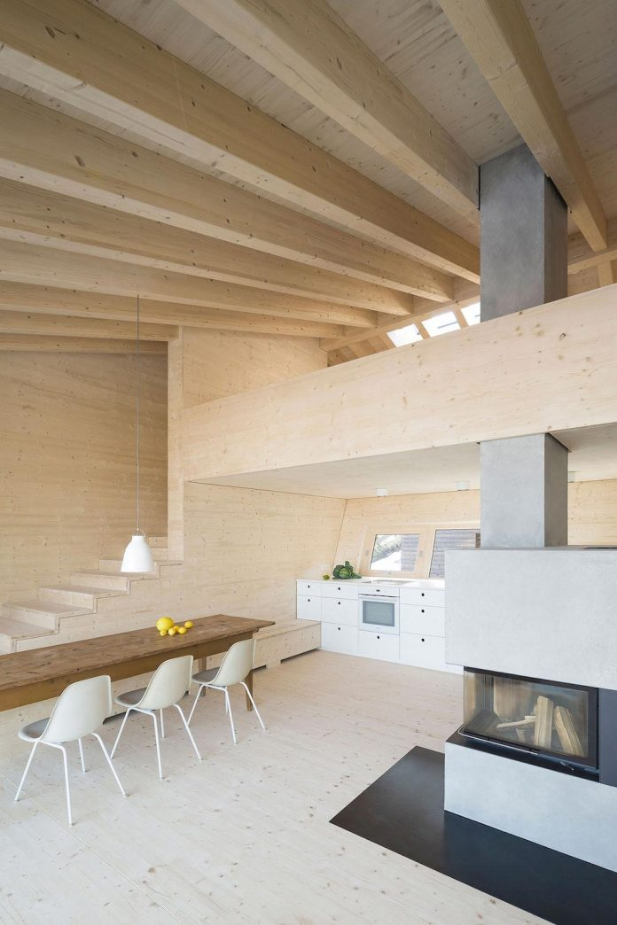 traditional-allgau-architecture-unique-contemporary-building-results-holiday-home-family-seven-10