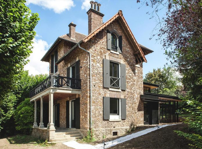 traditional-stone-house-gets-renovation-creation-modern-extension-ile-de-france-01