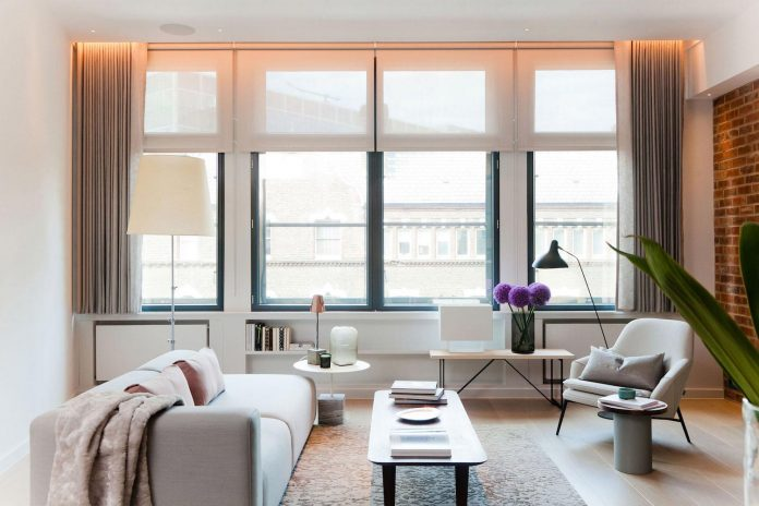 white-colours-simplistic-fittings-imbue-space-contemporary-feel-old-penthouse-shoreditch-04