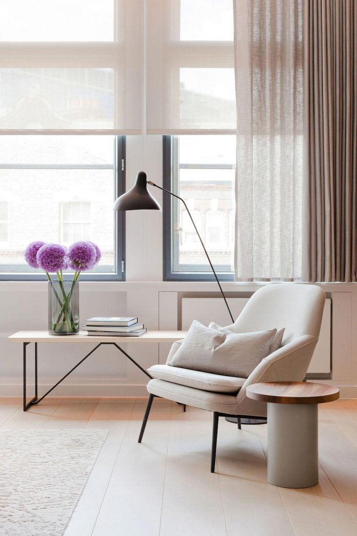 white-colours-simplistic-fittings-imbue-space-contemporary-feel-old-penthouse-shoreditch-06