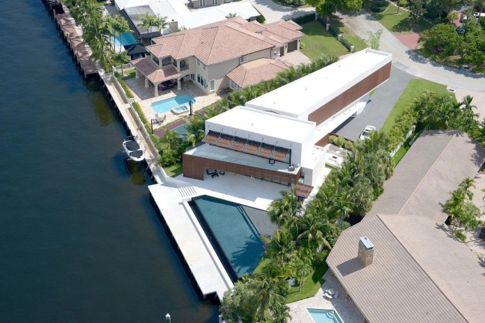 5500-square-foot-contemporary-sea-ranch-lakes-residence-designed-silberstein-architecture-01