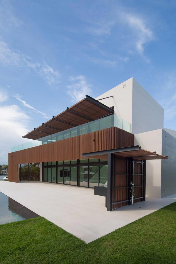 5500-square-foot-contemporary-sea-ranch-lakes-residence-designed-silberstein-architecture-05
