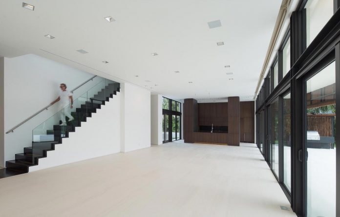 5500-square-foot-contemporary-sea-ranch-lakes-residence-designed-silberstein-architecture-08