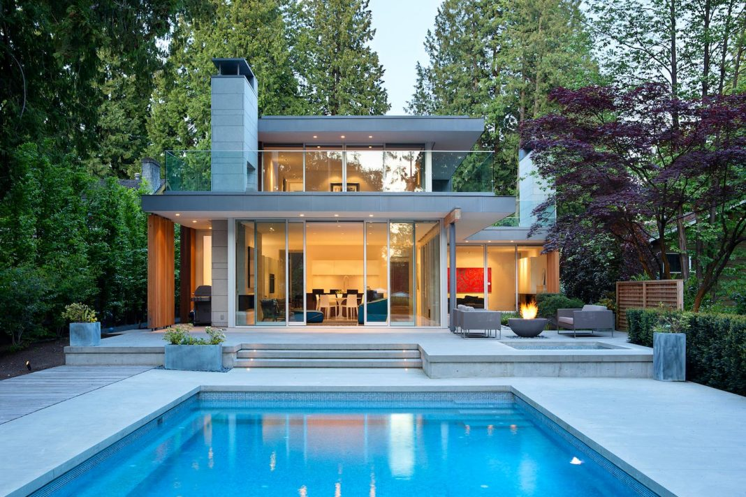 Modern Elm Street Residence Is Dominated By Very Mature