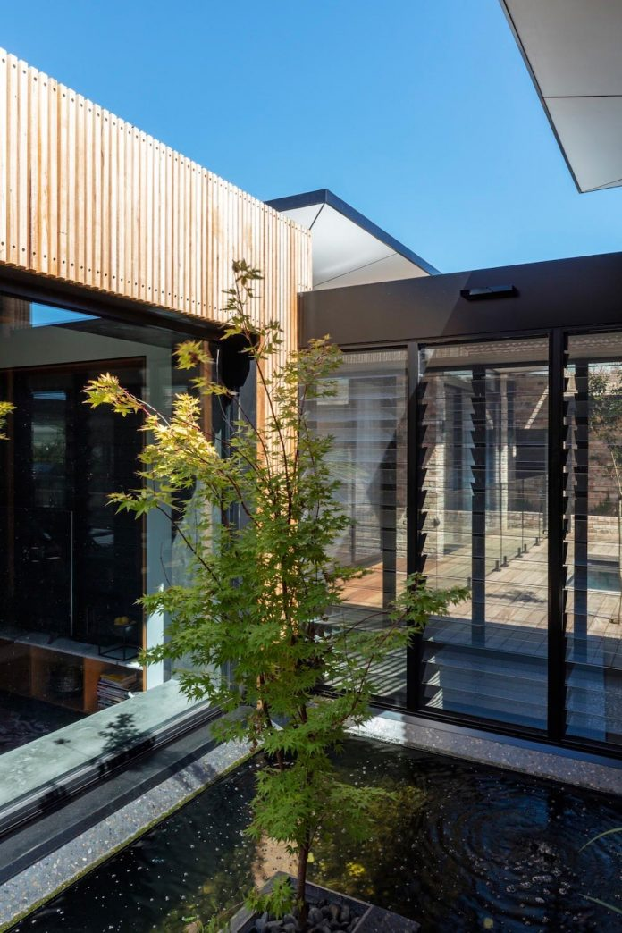 addition-heritage-listed-bowral-cottage-maximising-solar-passive-performance-house-02