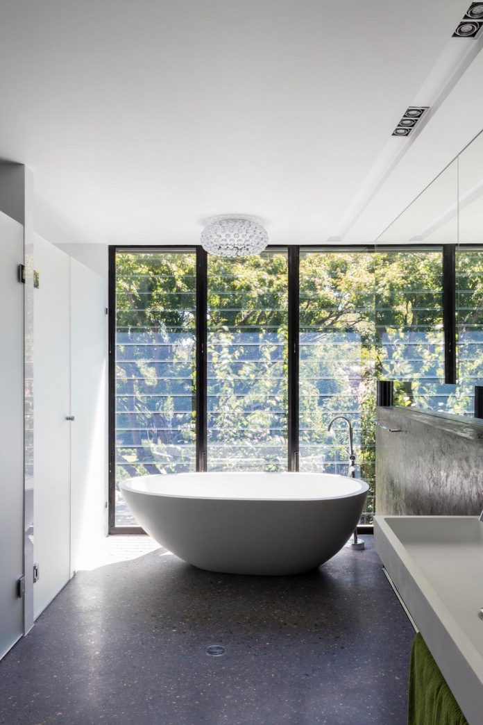 addition-heritage-listed-bowral-cottage-maximising-solar-passive-performance-house-03