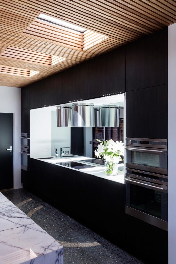 addition-heritage-listed-bowral-cottage-maximising-solar-passive-performance-house-09