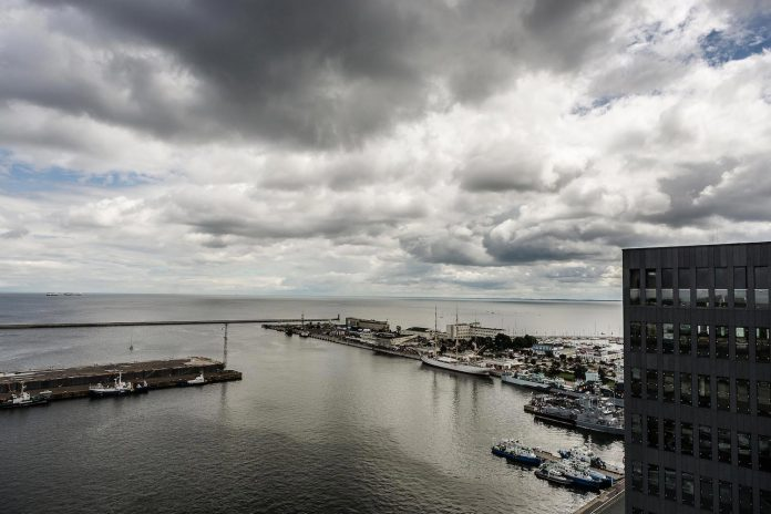 apartment-sea-view-gdynia-situated-tallest-residential-building-poland-20