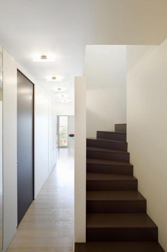 apartment-situated-near-bratislava-designed-continuous-space-07