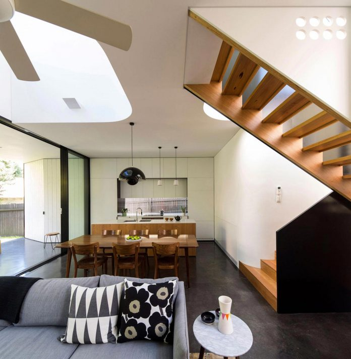articulated-two-storey-volume-sensitively-stitched-rear-fabric-federation-masonry-10