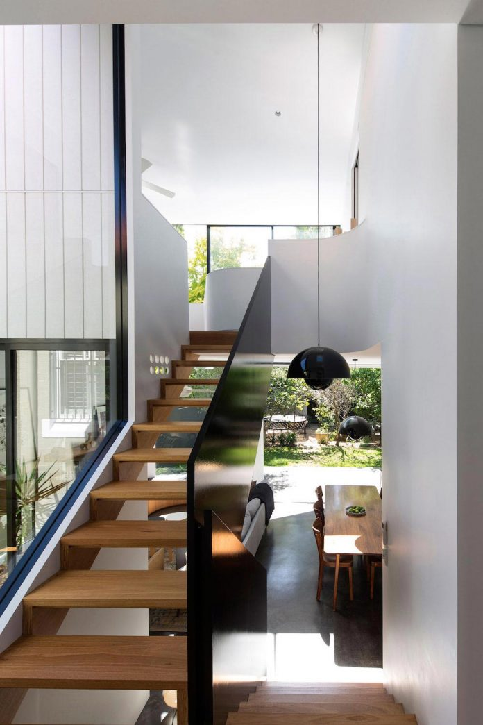 articulated-two-storey-volume-sensitively-stitched-rear-fabric-federation-masonry-12
