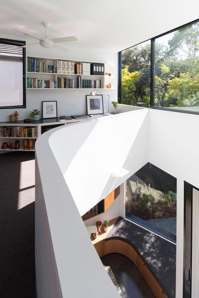 articulated-two-storey-volume-sensitively-stitched-rear-fabric-federation-masonry-15