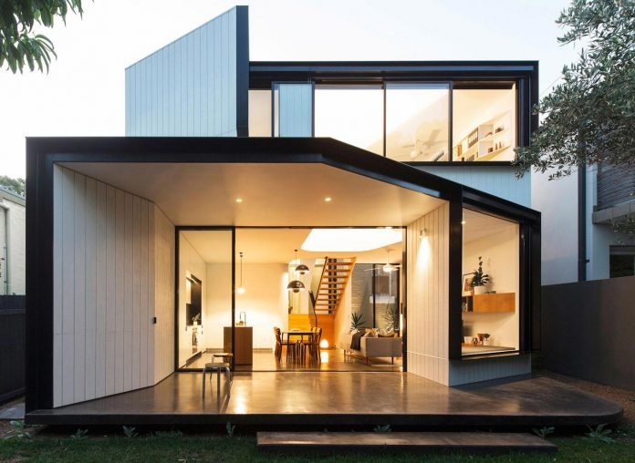 articulated-two-storey-volume-sensitively-stitched-rear-fabric-federation-masonry-21