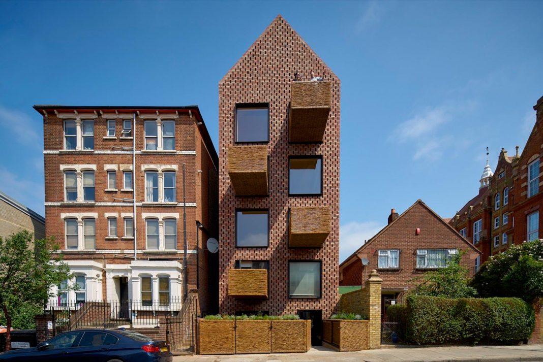Barretts Grove Brick Terraced Victorian Stand Alone Residence