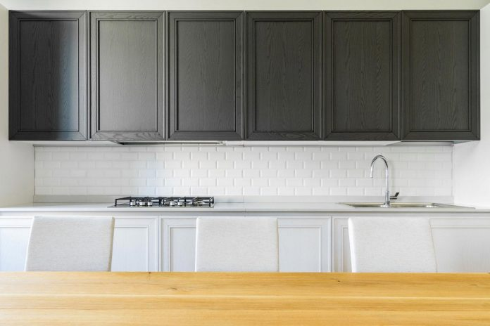 beautiful-apartment-30s-mix-classic-elements-bit-contemporary-ones-07