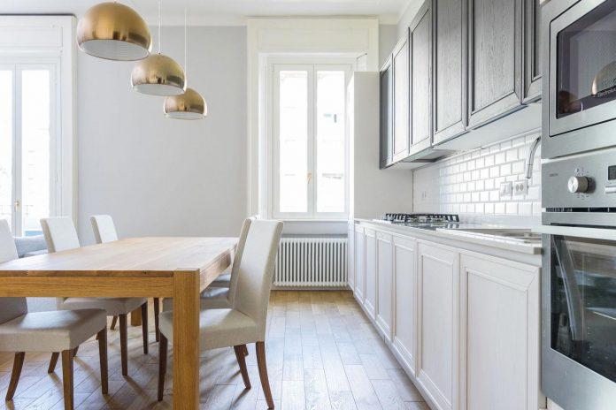beautiful-apartment-30s-mix-classic-elements-bit-contemporary-ones-09