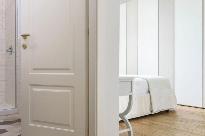 beautiful-apartment-30s-mix-classic-elements-bit-contemporary-ones-14