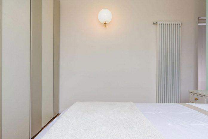 beautiful-apartment-30s-mix-classic-elements-bit-contemporary-ones-19