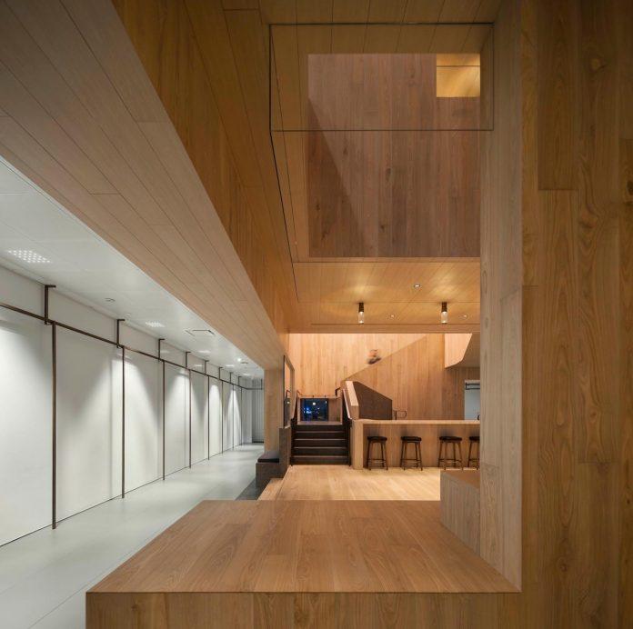 bloomberg-wooden-hong-kong-office-nerihu-design-research-office-02