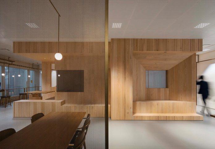 bloomberg-wooden-hong-kong-office-nerihu-design-research-office-09