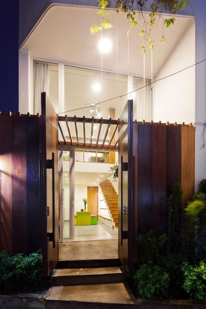 colorful-small-town-house-irregular-shape-situated-central-district-ho-chi-minh-city-19