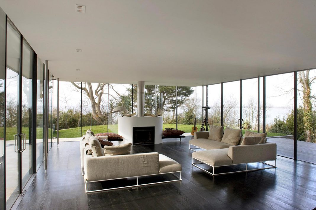Compact 1960u0027s Bungalow Gets A Renovation And Extension With A Glass  Pavilion Living Room. Home Design