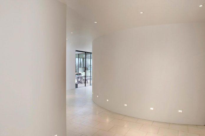 compact-1960s-bungalow-gets-renovation-extension-glass-pavilion-living-room-09