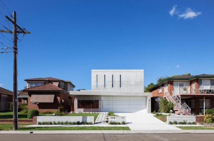 concrete-contemporary-four-bedroom-house-located-concord-sydney-01