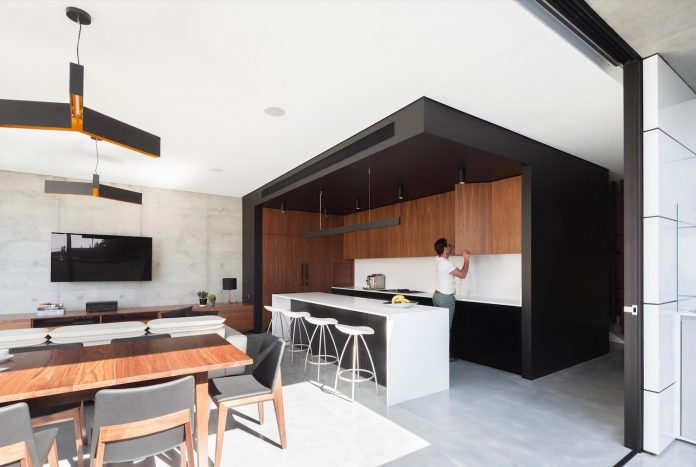 concrete-contemporary-four-bedroom-house-located-concord-sydney-05